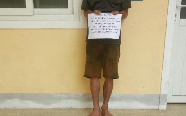 Nghệ An: Bố bị bắt, hai con trai tấn công công an để giải cứu
