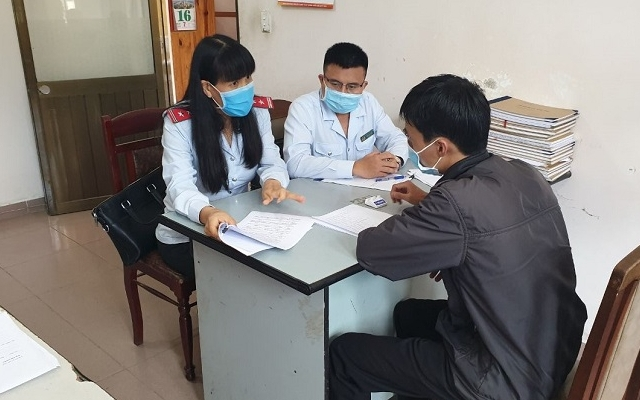 Lâm Đồng: Bán sách không rõ nguồn gốc bị phạt 40 triệu đồng
