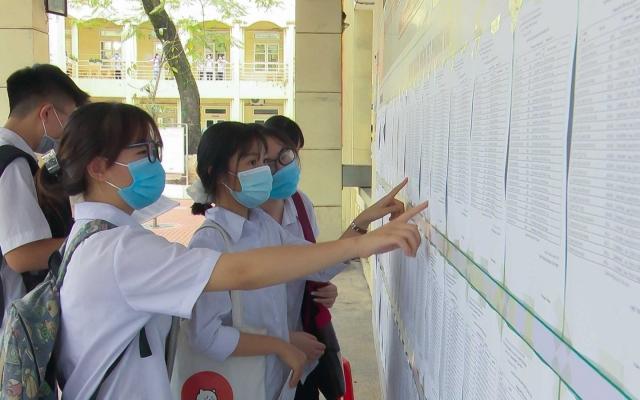 Hà Nội: Thí sinh phúc khảo bài thi qua zalo, email