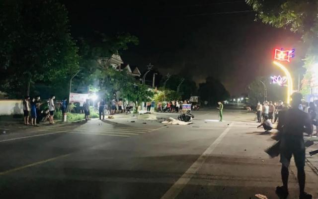Tai nạn kinh hoàng giữa hai xe máy làm 3 người tử vong