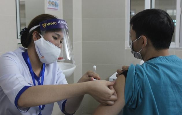 Việt Nam đã tiêm hơn 35 triệu liều vắc xin COVID-19