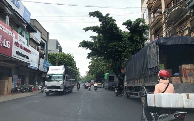 Vĩnh Phúc: Sẽ giải quyết dứt điểm tình trạng lấn chiếm lòng lề đường tại chợ đầu mối Thổ Tang
