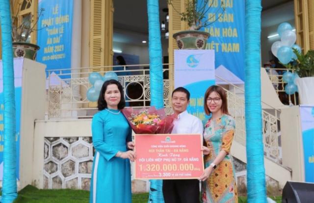 Tặng 3.300 vé tham quan Khu du lịch Núi Thần Tài cho Hội Liên hiệp Phụ nữ Đà Nẵng