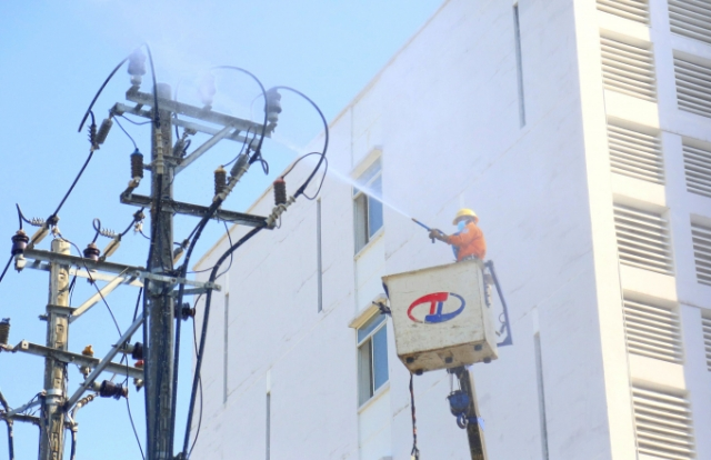 EVNCPC giảm 352 tỷ đồng tiền điện đợt 3 cho khách hàng bị ảnh hưởng bởi Covid-19