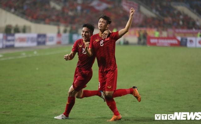 Thắng đậm U23 Thái Lan, U23 Việt Nam nhận 'mưa lời khen, bão ca ngợi'