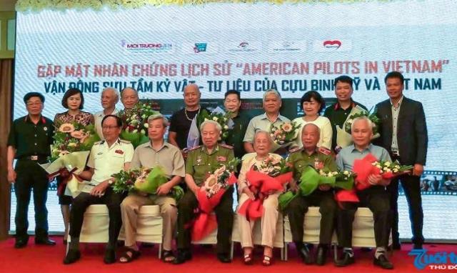 """Gặp mặt nhân chứng lịch sử """"Phi công Mỹ ở Việt Nam"""""""