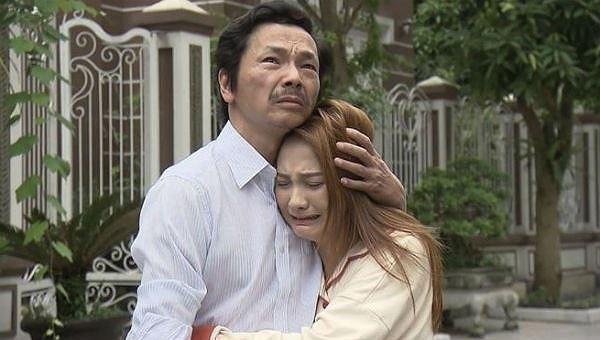'Về nhà đi con' gây 'bão' - thời hoàng kim của phim Việt trở lại?