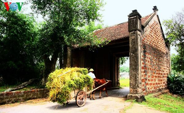 Làng cổ Đường Lâm được công nhận là điểm du lịch
