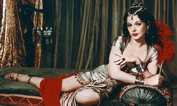 Cuộc đời kỳ lạ của người phụ nữ đẹp nhất thế giới
