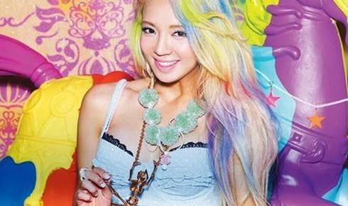 6 sao Kpop khiến fan mê mẩn với mái tóc màu cầu vồng
