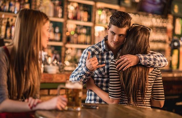 Điểm danh 4 kiểu đàn ông không thể mang lại hạnh phúc cho phụ nữ, hãy tránh xa!