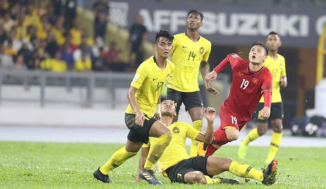 20h ngày 10/10, trực tiếp Việt Nam vs Malaysia: 'Bắn hổ' lần 3!