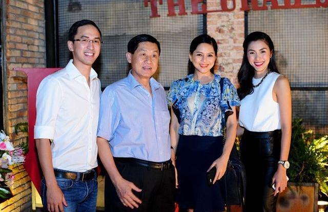 Tin kinh tế 6AM: Bí ẩn tài sản đại gia 8x đứng sau Nước sạch sông Đà; VinFast Lux tiếp tục tăng giá