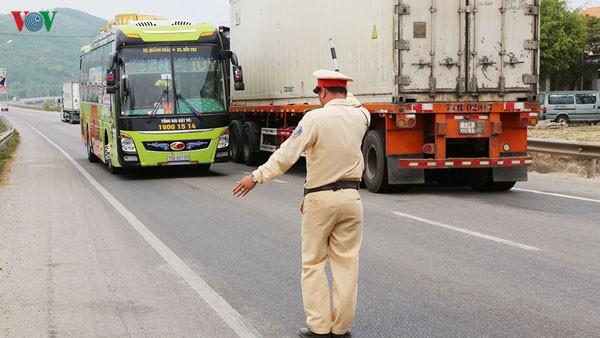 598 người chết trong tháng cao điểm về an toàn giao thông