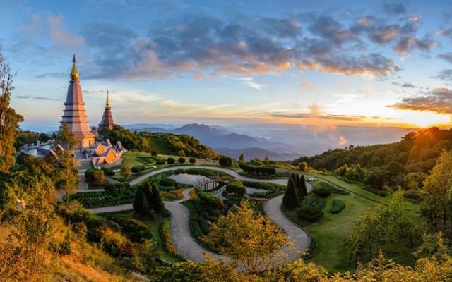 Chiêm ngưỡng những cảnh đẹp hùng vĩ tại 'Nóc nhà của Thái Lan'