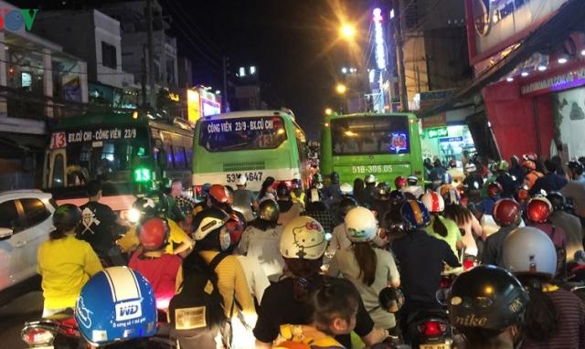 Xe buýt ở TPHCM đang ngày càng mất khách