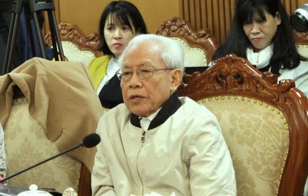 Đối thoại gay gắt về sách Công nghệ giáo dục: Bộ GD&ĐT đề xuất sửa, GS Hồ Ngọc Đại nói không
