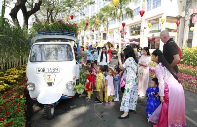 Những đường hoa Sài Gòn