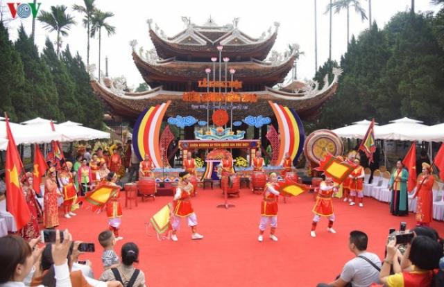 Tạm dừng tổ chức lễ hội tại các chùa trên toàn quốc