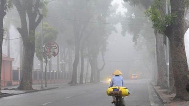 Dự báo thời tiết ngày 2/4: Hà Nội có mưa phùn, miền Nam nắng nóng