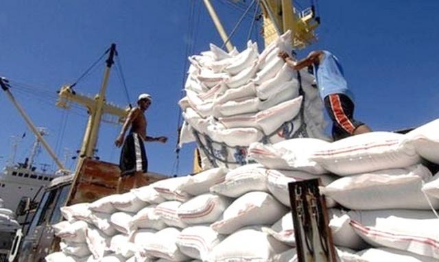 Tin kinh tế 7AM: Tháo gỡ vướng mắc trong xuất khẩu gạo; Giá vàng đang chịu áp lực giảm