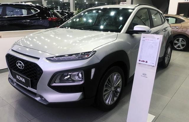 Tin kinh tế 6AM: Ôtô tăng giá dù chưa chốt ngày giảm 50% lệ phí trước bạ; Vàng đi lên do căng thắng Mỹ-Trung