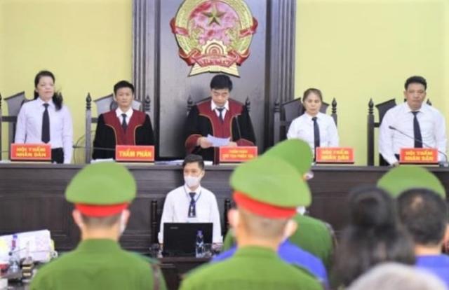 Xử gian lận thi ở Sơn La: Mức án cao nhất 21 năm tù, thấp nhất 30 tháng tù treo