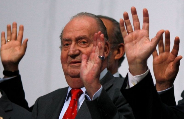 Lộ tung tích cựu vương Tây Ban Nha sau tuyên bố sống lưu vong
