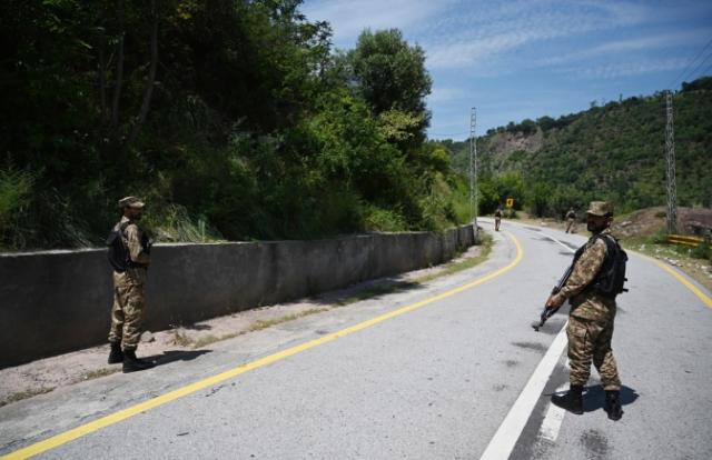 Ấn Độ và Pakistan đấu súng tại khu vực Kashmir, một binh sỹ thiệt mạng