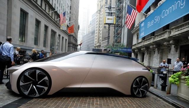 Chân dung 'Elon Musk của Trung Quốc': Từ con người chăn nuôi bò sữa thành tỷ phú đôla, tham vọng cạnh tranh với Audi, BMW, Tesla