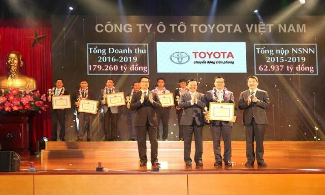 Nộp thuế gần 9,4 tỷ USD, Toyota Việt Nam được tôn vinh doanh nghiệp nộp thuế tiêu biểu