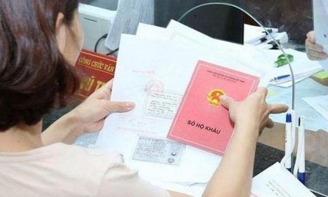 """Còn """"giằng co"""" giữa các điều kiện để đăng ký thường trú tại chỗ ở do thuê, mượn, ở nhờ"""