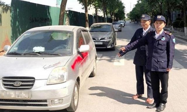 Người xịt sơn lên hàng loạt xe ô tô ở Hà Nội là bảo vệ chung cư