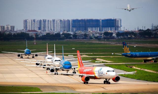 Cảnh giác chiêu trò lừa đảo bán vé bay về Việt Nam