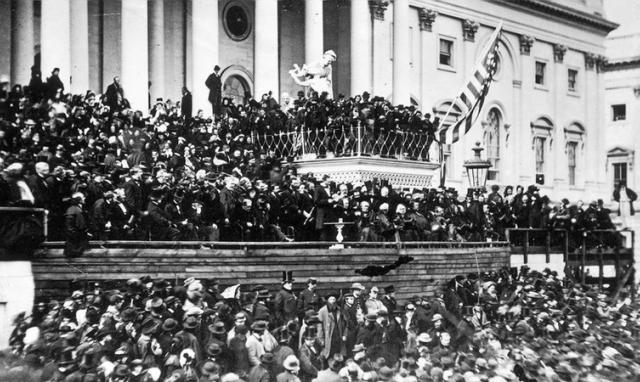 4 khoảnh khắc nhậm chức khó quên trong suốt lịch sử Hoa Kỳ