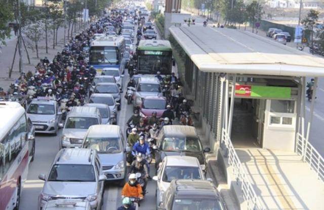 """BRT Hà Nội nghìn tỷ kém hiệu quả, nhiều sai phạm: """"Phải có ai đó chịu trách nhiệm!"""""""