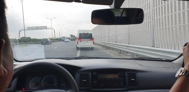 Đỗ, chạy xe vào làn dừng khẩn cấp đường cao tốc sai quy định: Nguy cơ tai nạn giao thông
