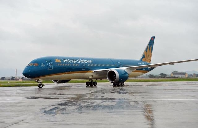 Nhiều hãng hàng không cảnh báo tình trạng sạt lở, ngập úng trên nhiều tuyến đường tại Khánh Hòa