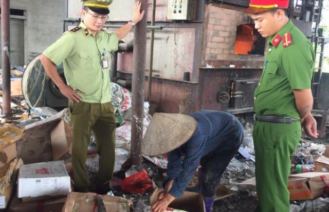 Bắc Giang thu giữ hơn 3 tạ gà nhập lậu vào Việt Nam