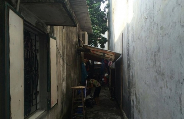 Vụ đất đang tranh chấp vẫn được cấp sổ đỏ: Thanh tra quận Long Biên tiếp nhận đơn tố cáo của công dân