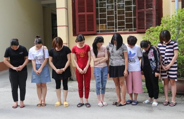 """Lạng Sơn: Bắt 2 nữ quái cầm đầu đường dây lô đề """"khủng"""""""