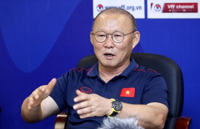 Nóng: VFF đạt thỏa thuận gia hạn hợp đồng 3 năm với HLV Park Hang Seo
