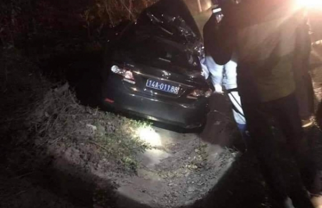 Cận cảnh hiện trường vụ tai nạn giữa xe biển xanh và container làm 4 người thương vong ở Quảng Ninh