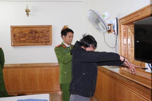 Vĩnh Phúc: Hai thanh niên gắn camera quay lén các cặp đôi 'ân ái' trong nhà nghỉ để tống tiền