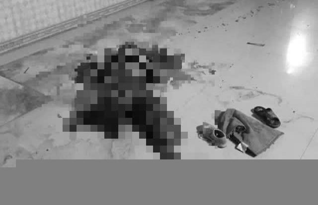 Quảng Bình: Nghịch tử vác dao sát hại mẹ ruột ngay tại nhà riêng