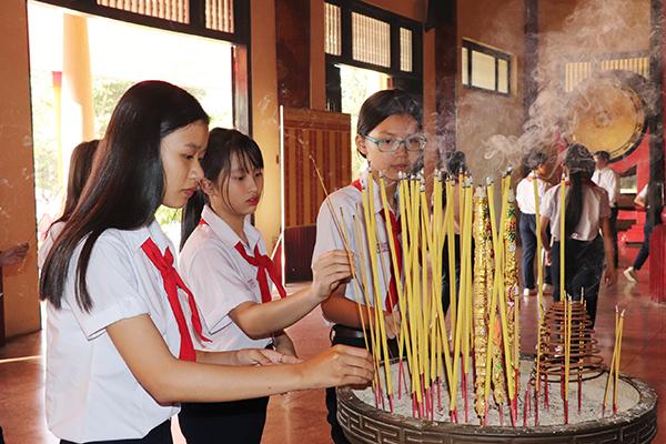 Trang trọng Lễ Tết thầy tại Văn miếu Trấn Biên - Đồng Nai