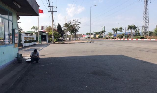 Đồn Công an KCN ra quân dẹp hàng rong, Nhơn Trạch thông thoáng