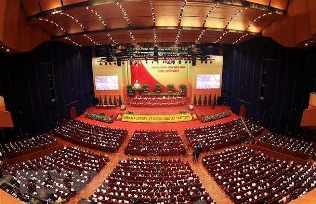 Đại hội XIII: Gần dân là một trong những tiêu chuẩn của người cán bộ