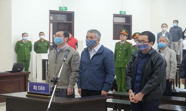 Hôm nay ông Vũ Huy Hoàng và 9 bị cáo hầu tòa