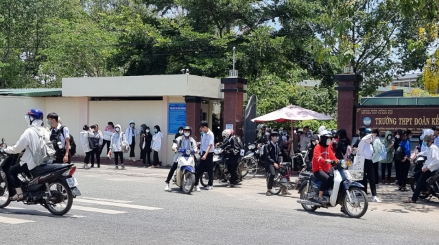 TAND huyện Tân Phú đang thụ lý vụ án tranh chấp hợp đồng thuê căn tin ở Trường PTTH Đoàn Kết